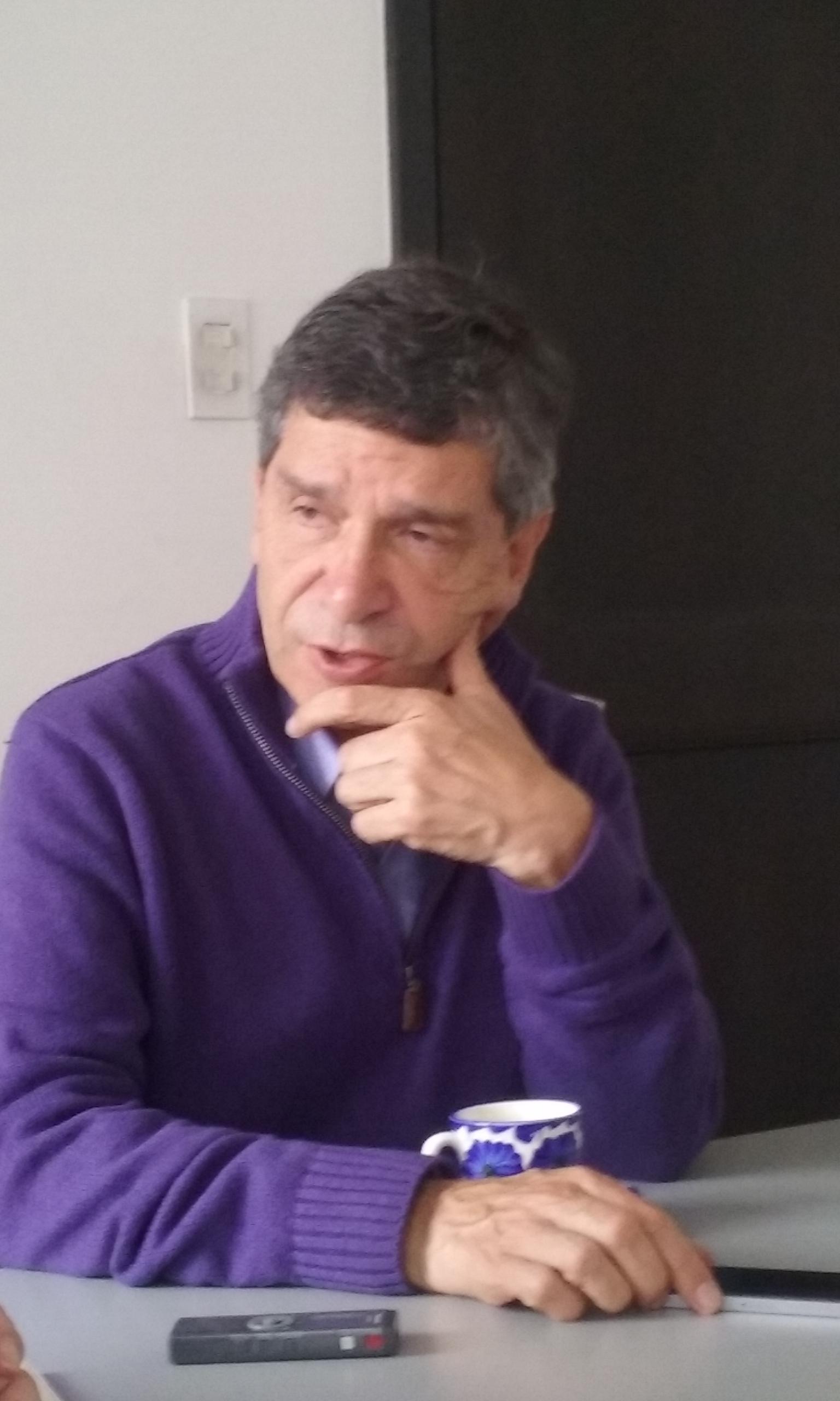 Rafael Pardo 031015B