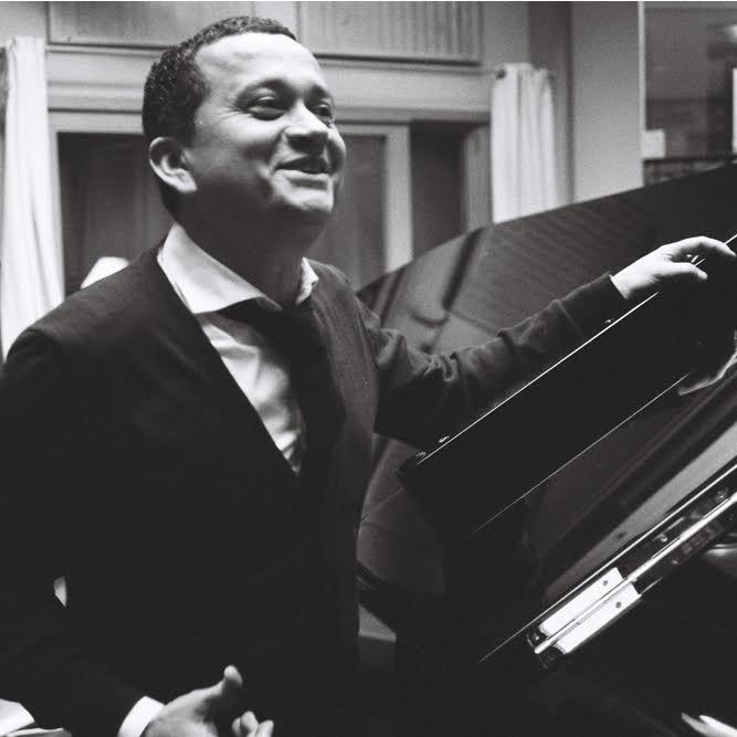 Yuri Buenaventura llega al Teatro Mayor Julio Mario Santo Domingo