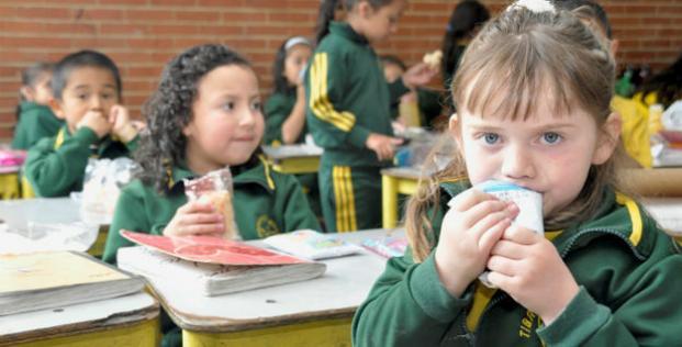 Con planes de mejoramiento y acciones concretas for Comedores escolares en colombia
