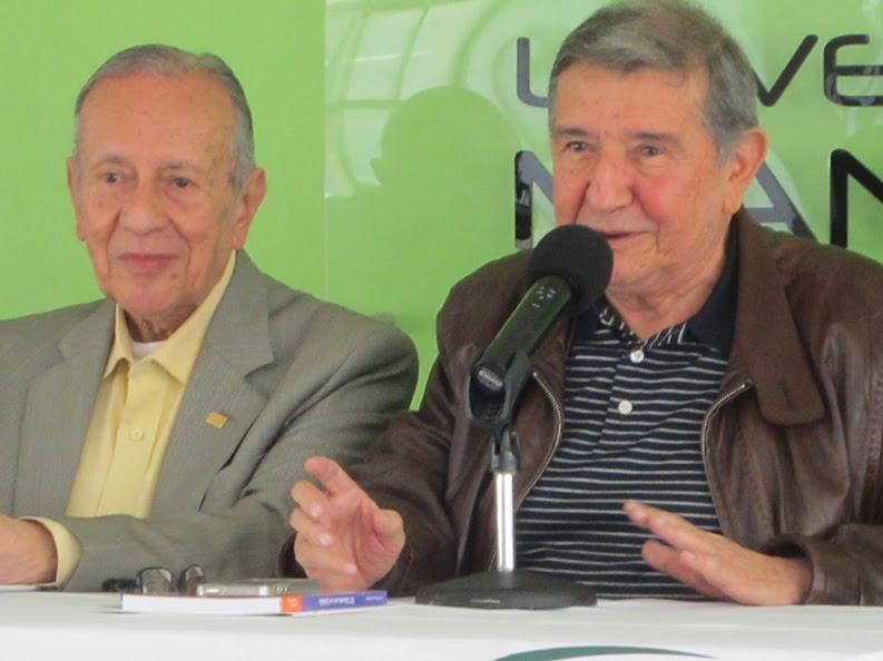 Gabriel Muñoz López y Eucario Bermúdez. El año pasado participaron en un conversatorio en la Universidad de Manizales.