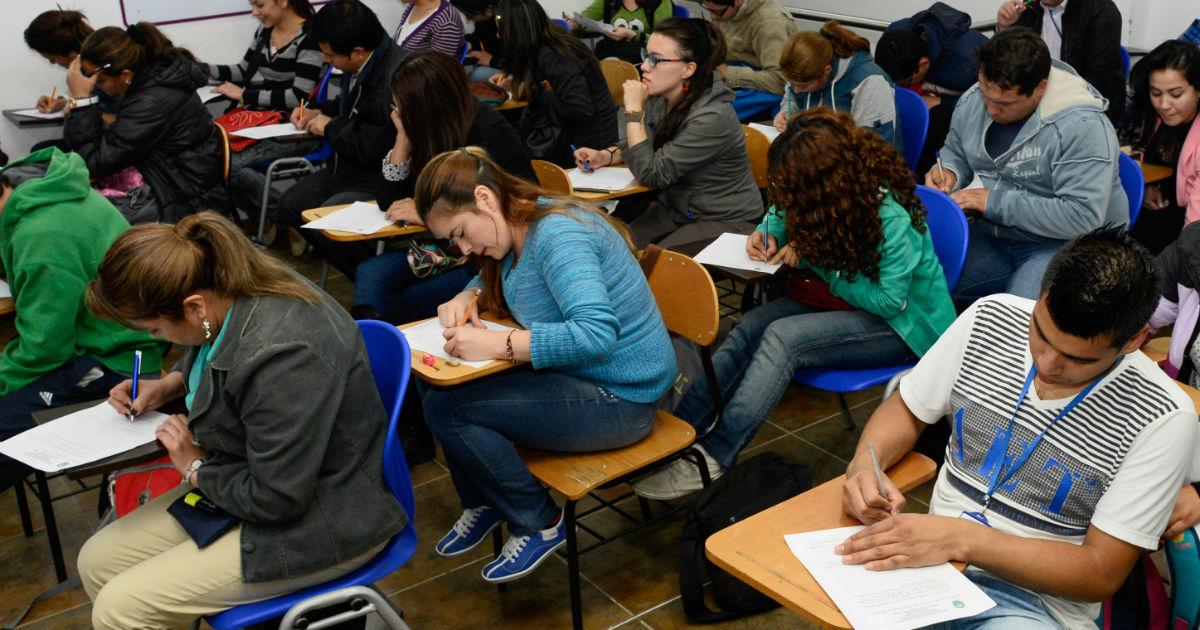 J Venes De Bajos Recursos Tendr N Beneficios Para Estudiar Y Trabajar En El Exterior