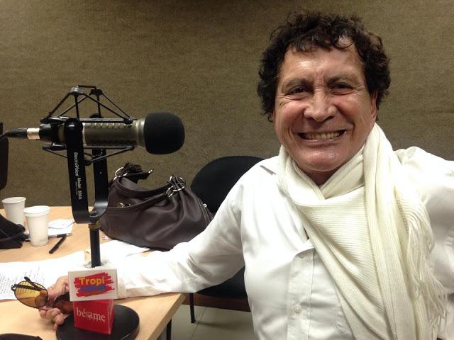 Ante los micrófonos de 'Mi banda sonora', de 'A vivir que son dos días', recordada entrevista con Adriana Giraldo. Foto: Caracol Radio.