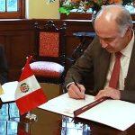 MinJusticia firma memorando de entendimiento con Ministerio de Justicia y Derechos Humanos del Perú