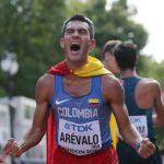 Éider Arévalo celebra tras ganar oro en el Mundial de Atletismo Londres 2017.