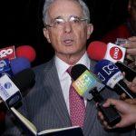 Uribe entregó nombre de ex paramilitares dispuestos a esclarecer hechos como el de Álvaro Gómez