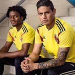Cuadrado y James lucen nueva camiseta de la Selección