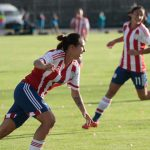 Jéssica Martínez fue la figura del partido inaugural del campeonato tras anotar cuatro goles. La albirroja no tuvo compasión con el seleccionado 'Cafetero