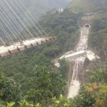 Puente colapsado en vía Bogotá-Villavicencio - Foto: Cortesía