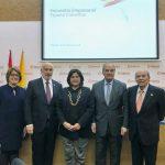 La Ministra María Lorena Gutiérrez también expuso las ventajas que ofrece el país a la inversión.