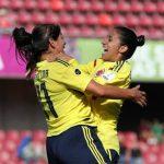 colombia-femenina celeb ra triunfo ante Peru