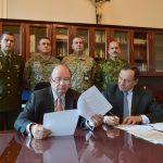 Ministro de Defensa radicó proyecto de ley que beneficia a Fuerzas Militares y Policía20180419_090522 (2)