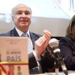 MinJusticia entrega la cartilla 'Descubriendo el Nuevo País' a 1.484 bibliotecas públicas