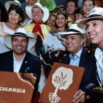 Ante los empresarios viajeros, en Bucaramanga, el Jefe del Estado dijo que Colombia puede hacer del turismo su nuevo petróleo.