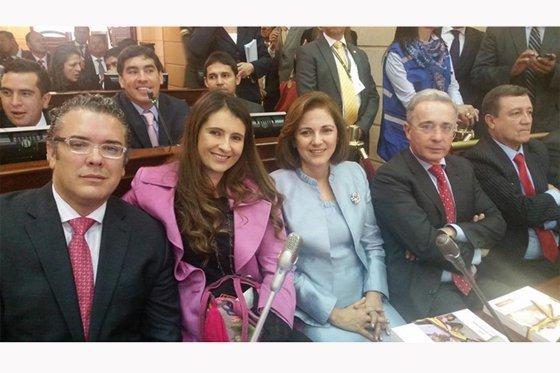 Centro Democrático pide renuncia del presidente Juan Manuel Santos ...
