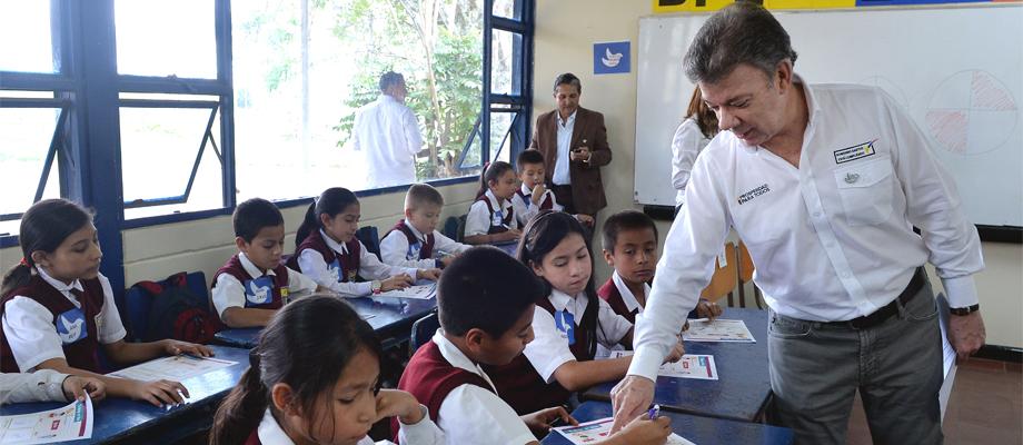Santos con Estudiantes en Popayán