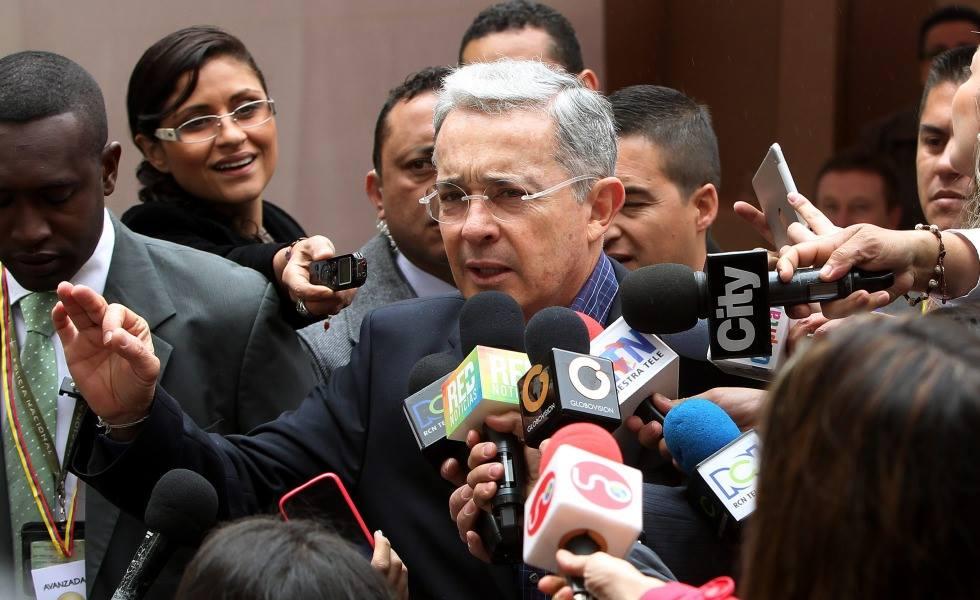 Senador Uribe 07