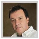 CarlosVillota Santacruz, internacionalista y periodista colombiano