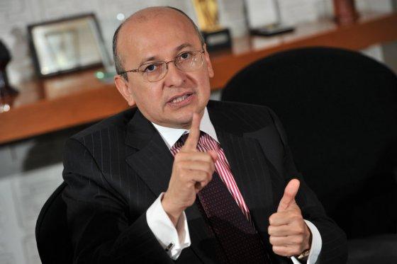 Ex fiscal Montealegre dice que Santos no es el dueño de la paz » Reporteros  Asociados
