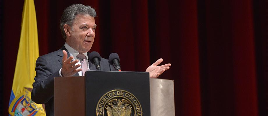 Bienvenida la crítica, pero con principios y ética, dijo el Presidente en el I Encuentro Internacional de Prensa Independiente
