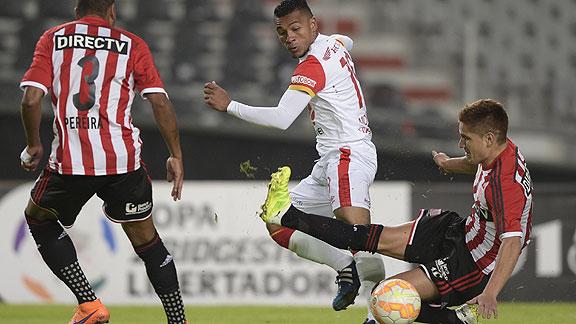 Estudiantes derroto a Independiente  Santa Fe