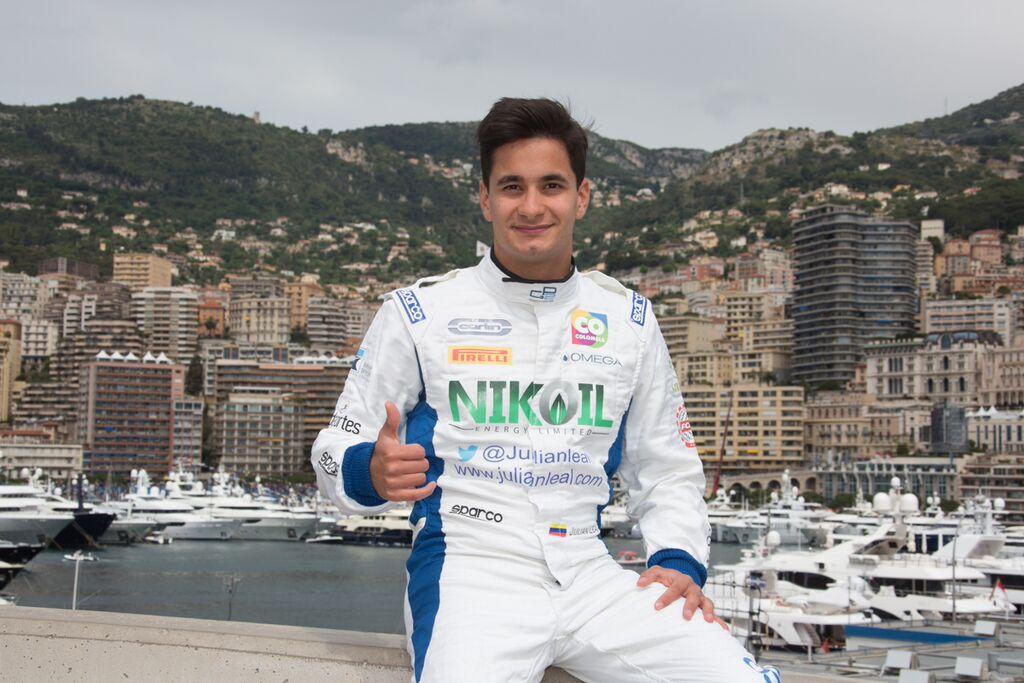 El piloto colombiano Julián Leal vivió una jornada de ensueño al terminar sexto y quinto