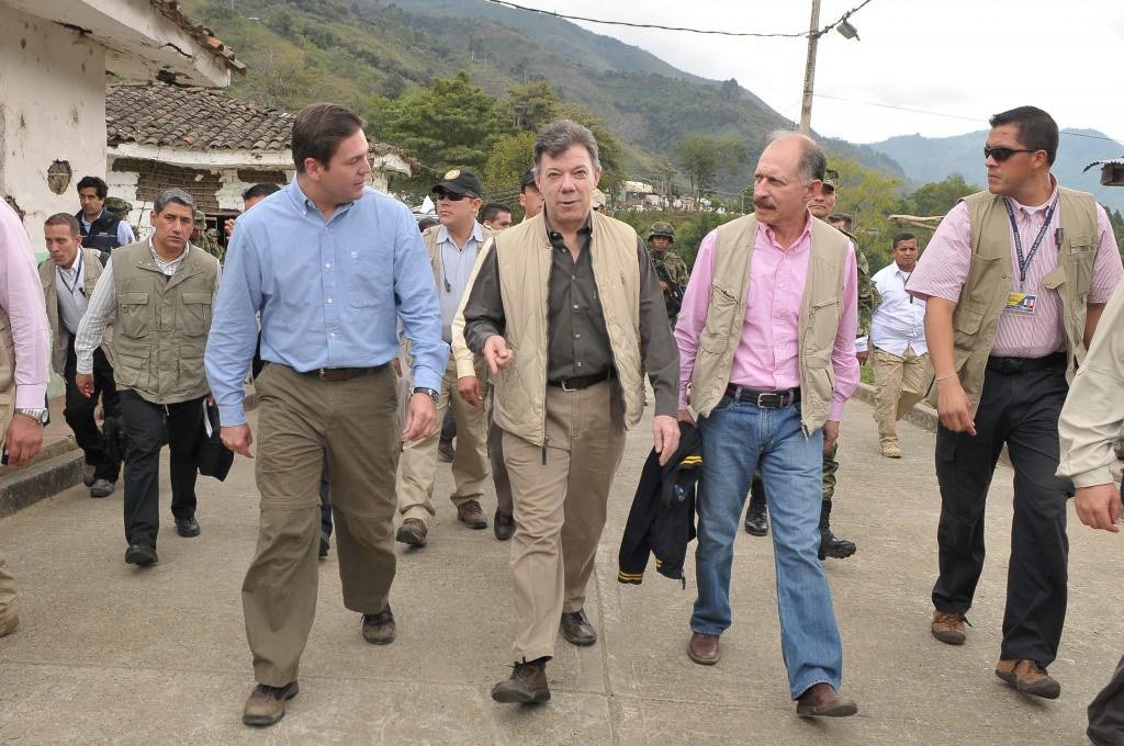 Mindefensa y Presidente Santos
