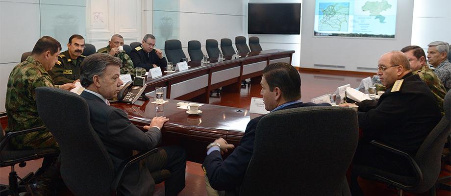 Presidente recibe informe pormenorizado de operativos aéreos en el Cauca