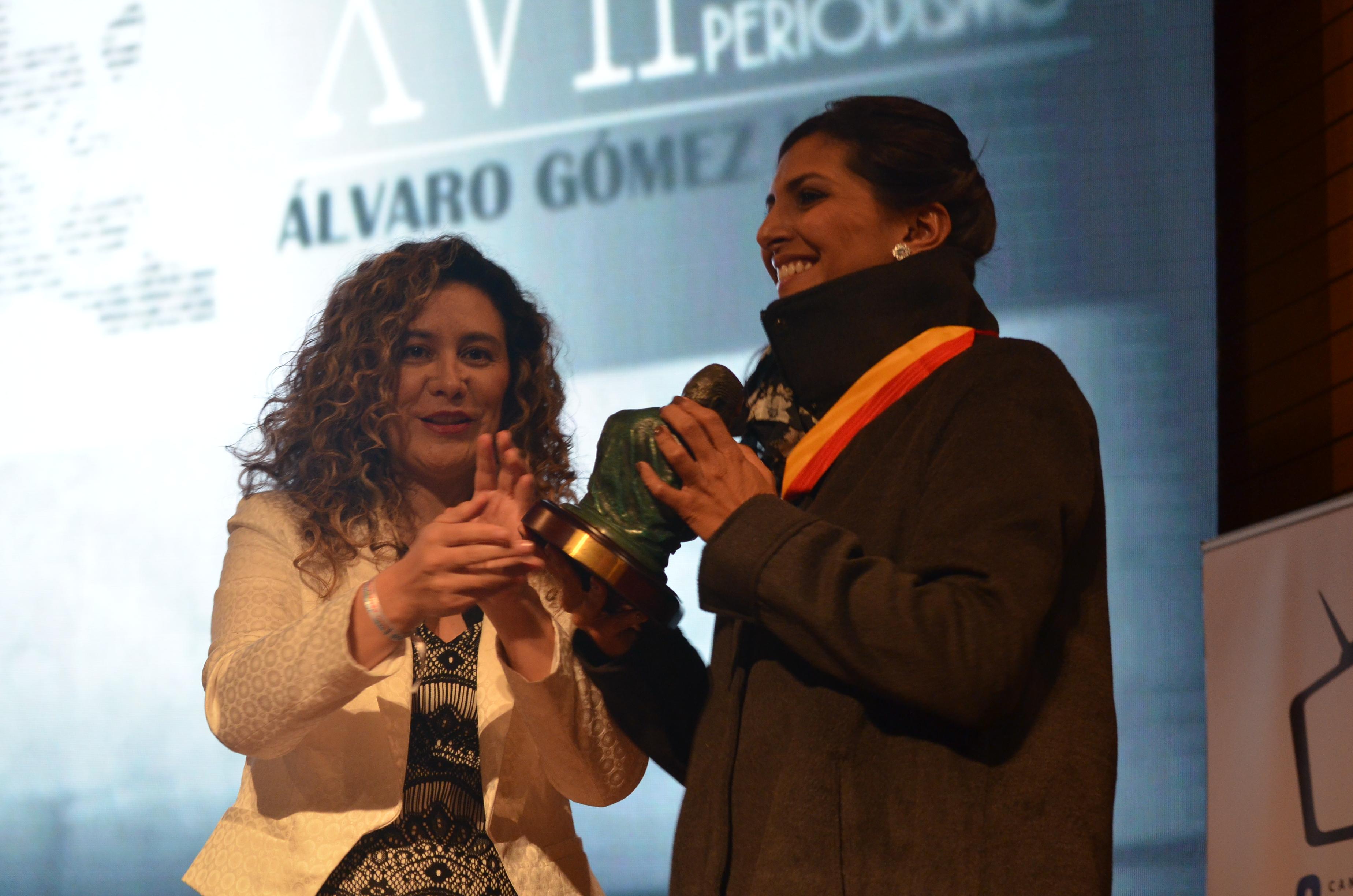 premio Álvaro Gómez Hurtado4
