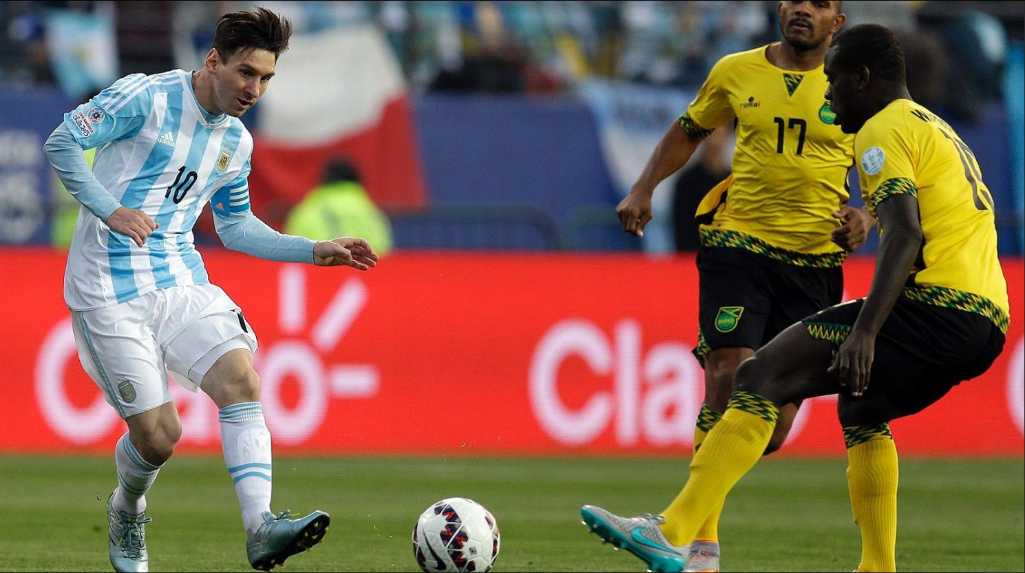 Argentina casi no derrota a Jamaica