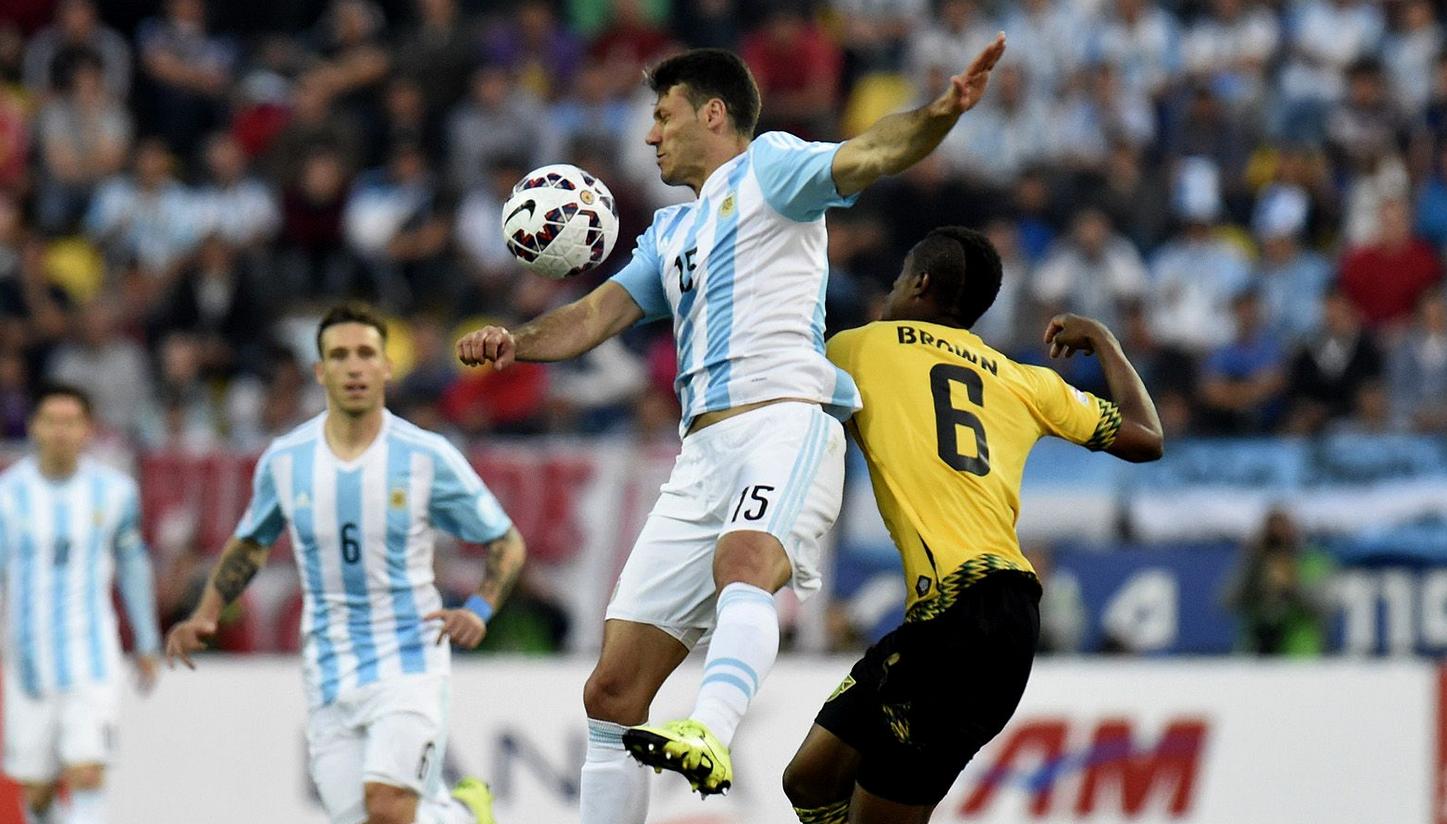 Argentina casi no le gana a Jamaica2