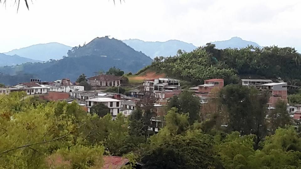 Barrio la Isabela en Cantadelicia(Neira).