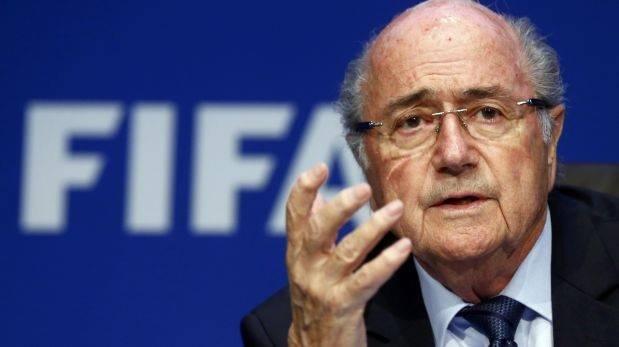 Blatter renunció a la FIFA