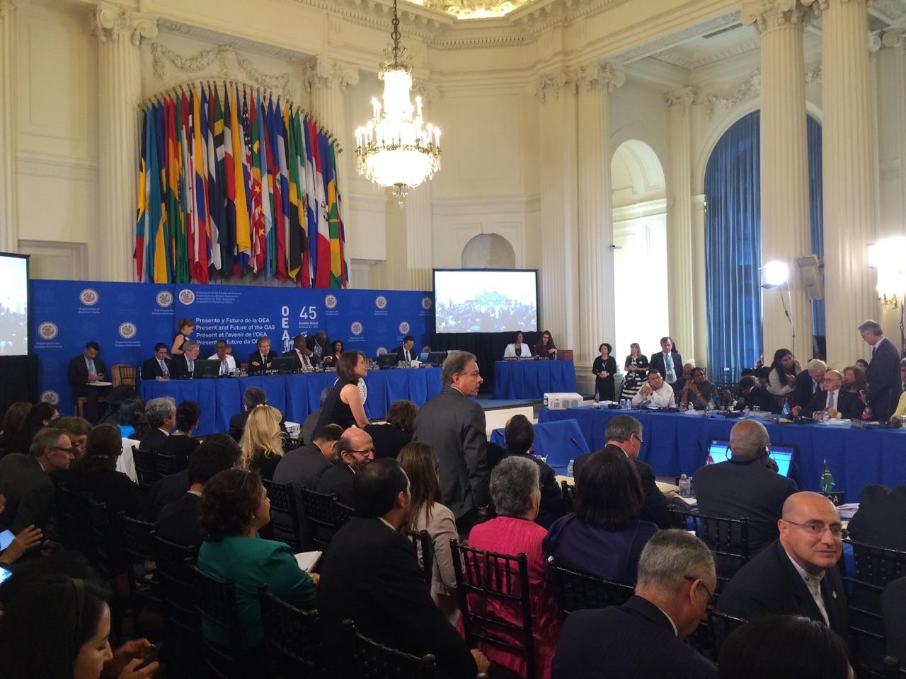 Enrique_gil_botero_fue_elegido_en_la_asamblea_general_de_la_oea_como_nuevo_miembro_de_la_comision_interamericana_de_derechos_humanos