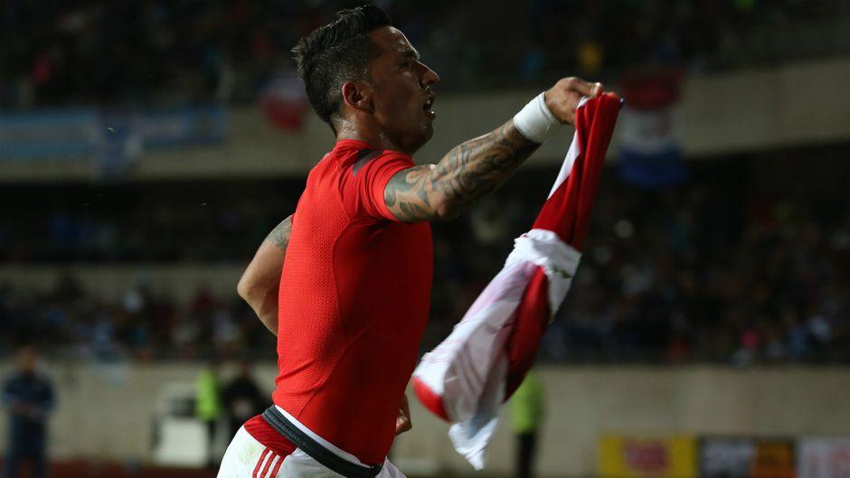 Lucas Barrios Paraguay Argentina
