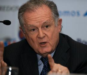 Luis-Carlos-Sarmiento