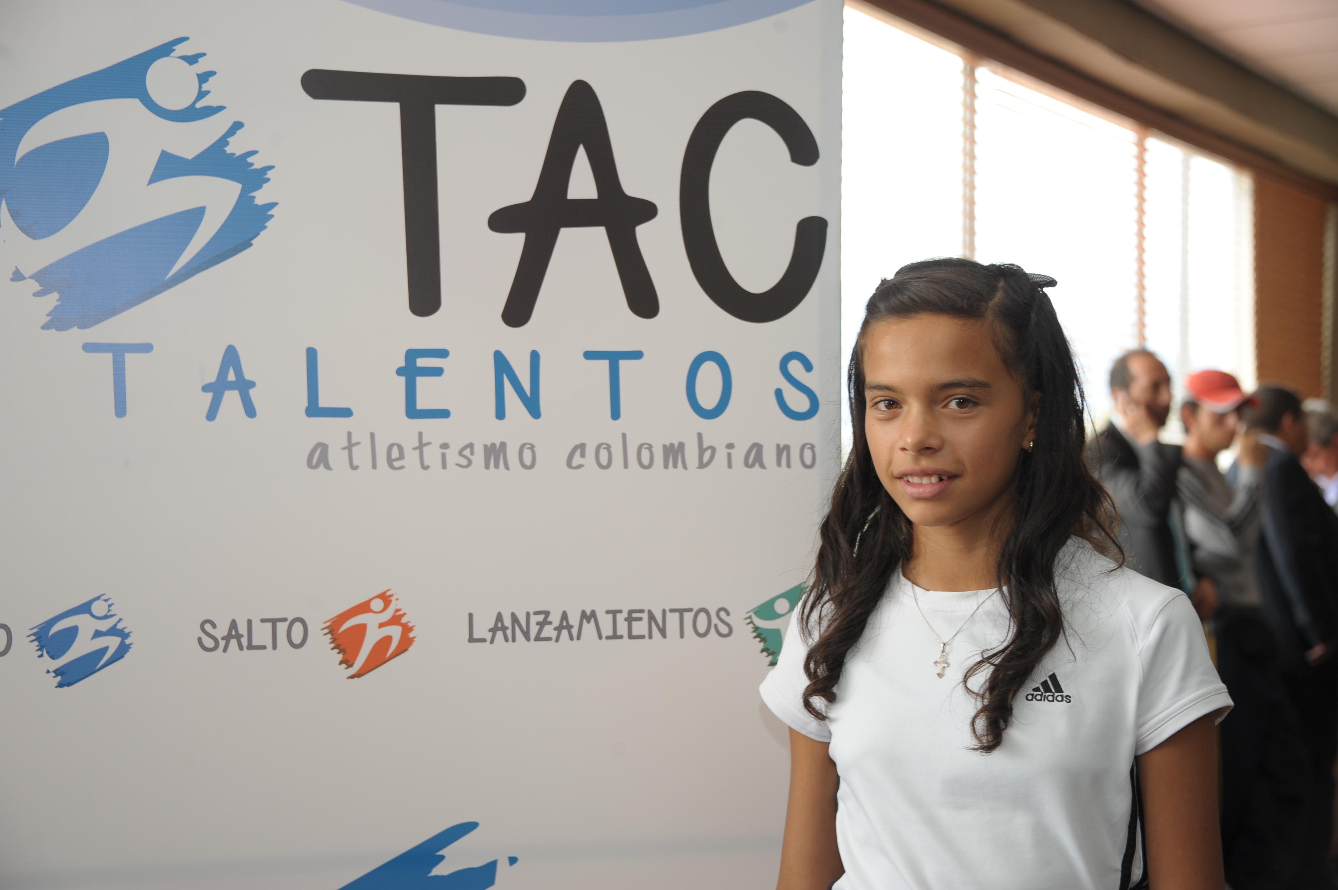 *María Paula Guerrero - Lanzamiento TAC 2012