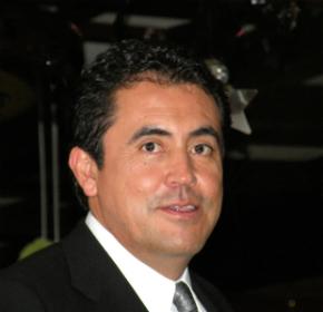 expresidente de Comcel, Adrián Hernández