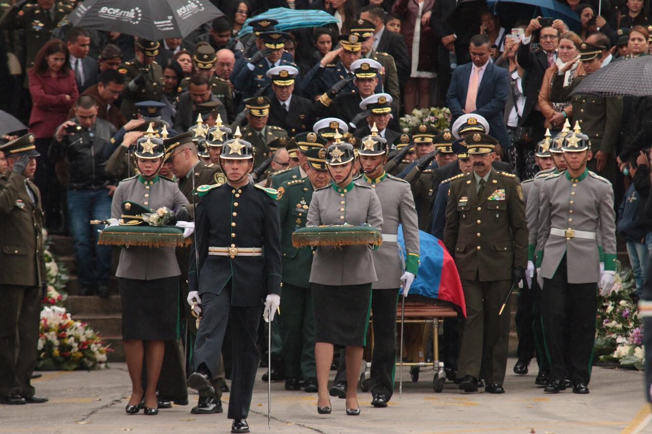 honras fúnebres del coronel Alfredo Ruíz3 - copia