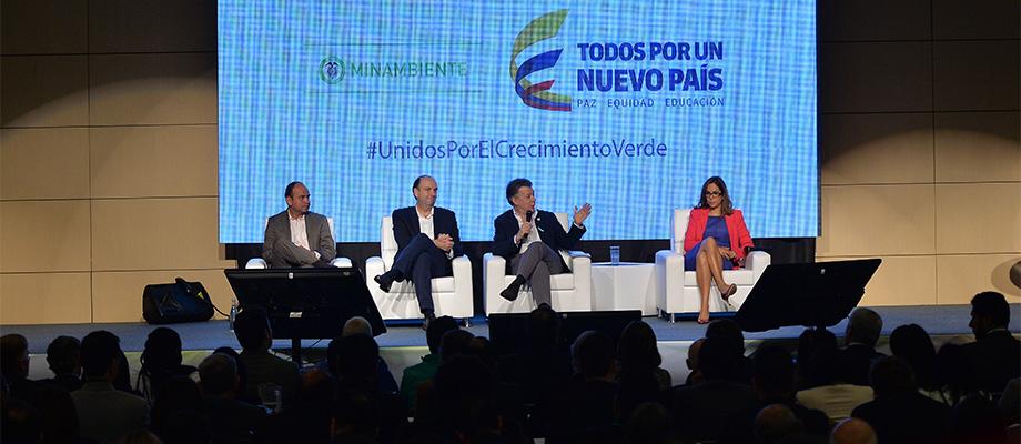 'Los programas del Sistema Nacional Ambiental (Sina) no solo contribuyen a preservar el ambiente sino también a ir construyendo la paz Presidente Santos