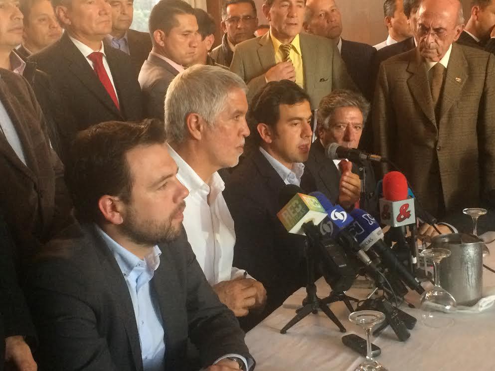 Cambio Radical entrega aval a  Enrique Peñalosa2