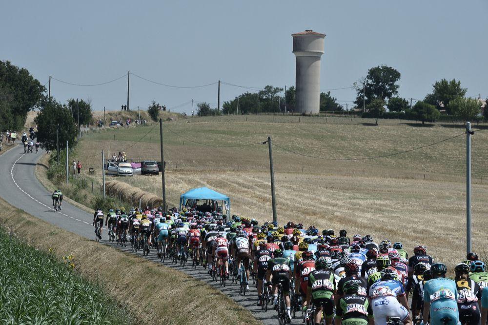 Tour de France 2015 - 16/07/2015 - 13ème Etape - Muret / Rodez - 198,5Km - Le quatuor roule avec 15'' d'avance sur Haas et Périchon, 50'' sur le peloton au km 2,5.