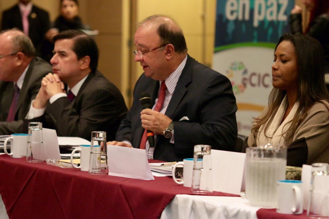Gobierno y partidos políticos firmaron pacto por la transparencia electoral5