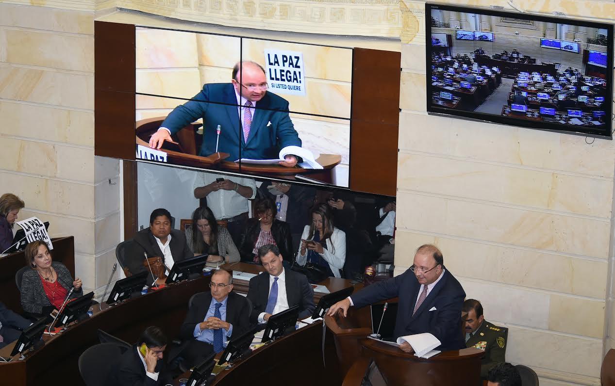 Intervención Indefensa Luís Carlos Villegas en Plenaria del senado3