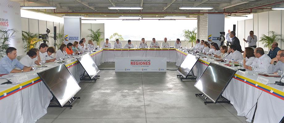 Presidente Santos lidera Consejo de Ministros en Medellín