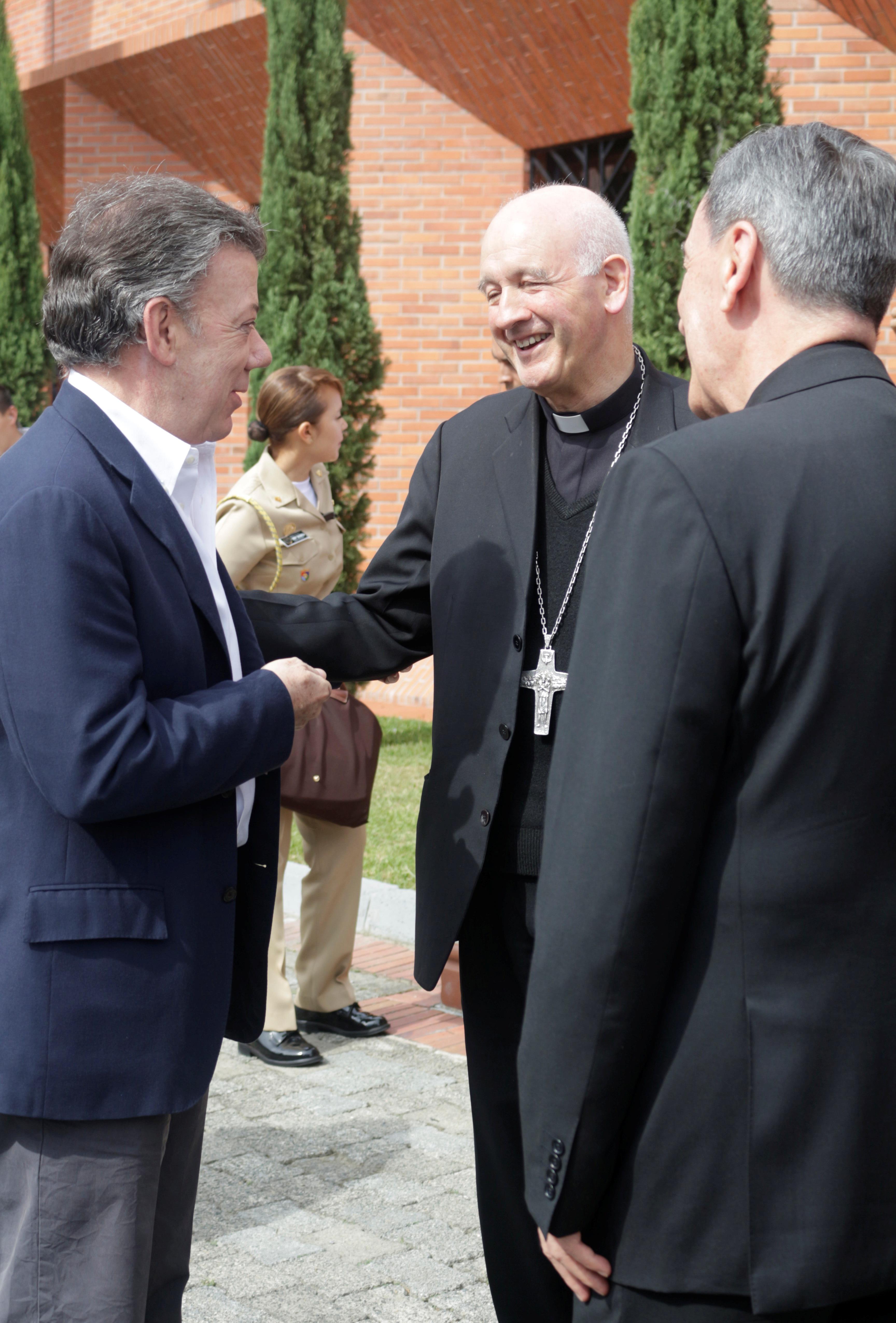 Presidente y Episcopado