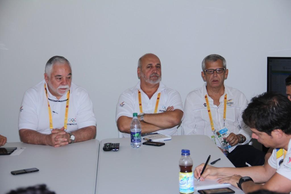 Rafael Lloreda, jefe de Misión, y José Luis Echeverry y Hélder Navarro, subjefes en Toronto 2015.