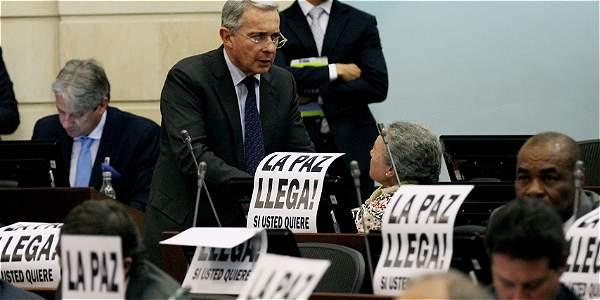 Uribe en debate por la Paz