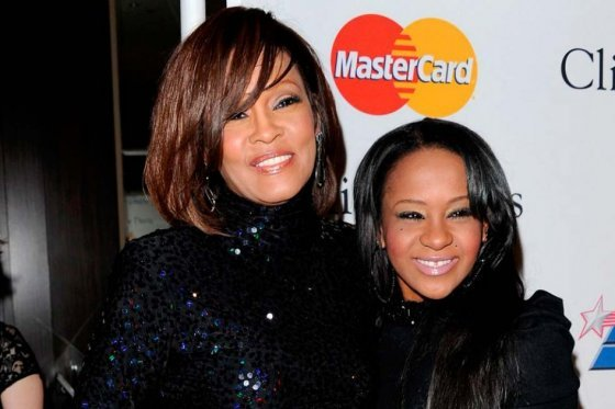 Whitney Houston y su hija, Bobbi Kristina Brown.Foto: Showbiz