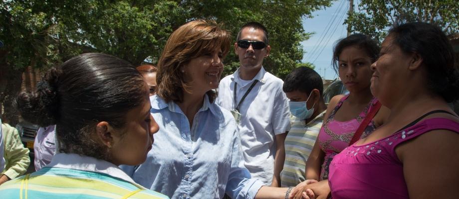 Canciller Holguín dialogó con comunidad de La Playa en Villa del Rosario y les reiteró el compromiso del Gobierno Nacional para brindarles asistencia a corto y a largo plazo