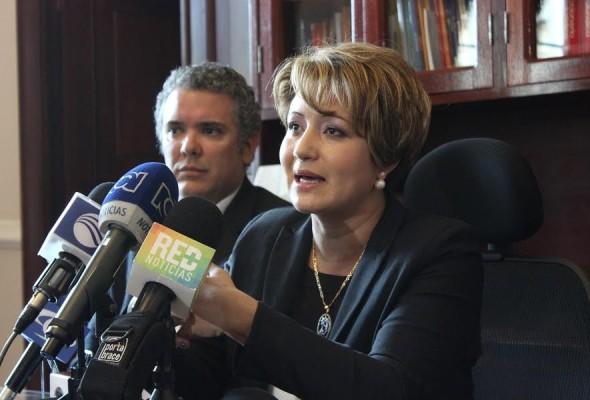 La representante Tatiana Cabello y el senador Iván Duque
